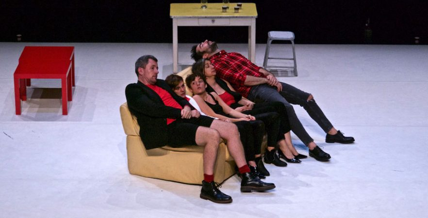 Retour sur <em>Trust</em> de Falk Richter par la C<sup>ie</sup> La Paloma au Théâtre Joliette