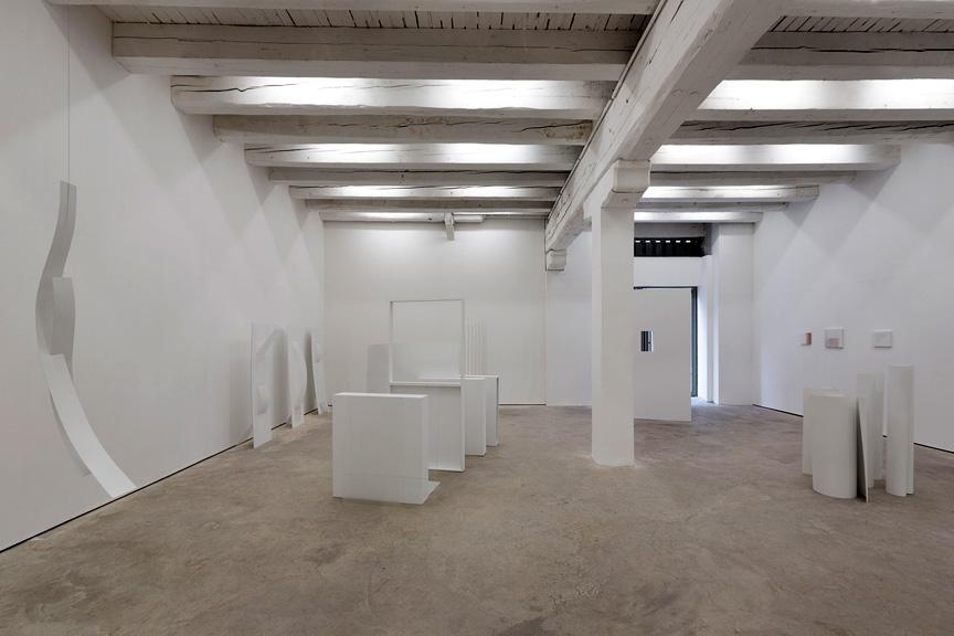 Mara Furtanović – Plénitude de vie et autres paradoxes à la Galerie Gourvennec Ogor